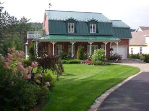 MAISON BORD DE L'EAU - HOUSE ON WATER FRONT