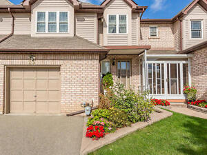 *** Spacious House For Lease In Family Neighbourhood 1800/m ***