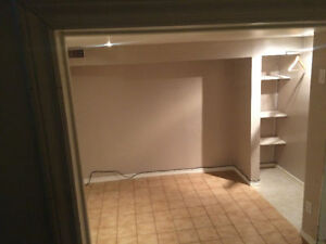 Room for rent on St.Clair Ave/Caledonia- Corsa Italia $650