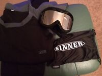 Sinner Snow Goggles and Mens cold weather under layer-Large