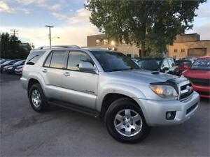 TOYOTA 4RUNNER 2006 AUTO/AWD/AC/TOIT OUVRANT/6 CYL/TRÈS PROPRE !
