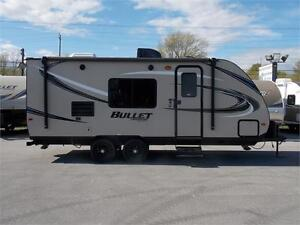 2017 KEYSTONE BULLET CROSSFIRE 2070BH TRAVEL TRAILER