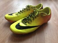Nike Mercurial Football Boots with moulded studs size 7 Adult. In reasonable condition.