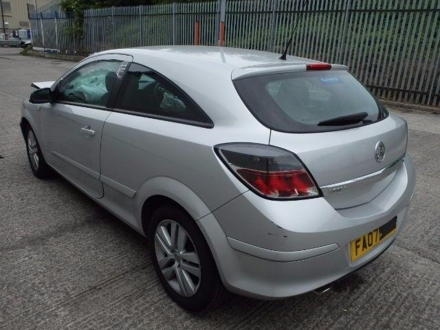 Vauxhall Astra mk 5 - 3 Door model Tailgate in Silver inc Glass 2008