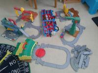 Thomas the tank engine train set (take n play)