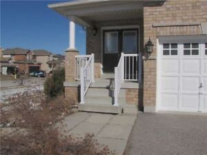 EXECUTIVE DETACHED HOUSE SOUTH BARRIE READY TO LIVE
