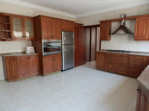 Unfurnished 330 m2 Apartment in Deir Ghbar, Amman, Jordan