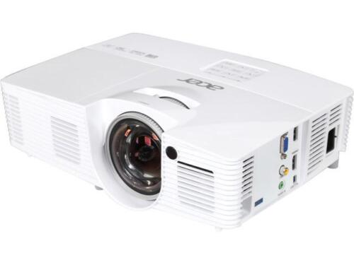 Acer H6517st Projector, 3000 Lumens, 10000:1 Contrast Rat...