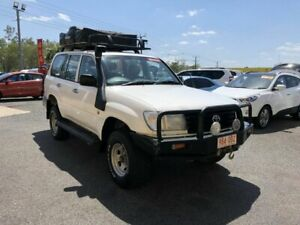 2004 Toyota Landcruiser HZJ105R Standard White 5 Speed Manual Wagon Winnellie Darwin City Preview