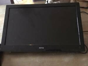 "Soniq 23"" HD TV & DVD Combo (wall mounted) Carrara Gold Coast City Preview"