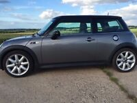 Mini Cooper S - Excellent condition inside and out, new clutch, new miltek exhaust