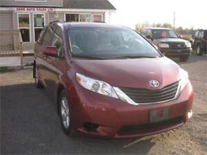 2013 Toyota Sienna LE Mobility *Certified*