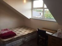 ROOM AVAILABLE FOR RENT ON ABBEYDALE ROAD S7 1FS 140/MONTH