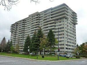 Luxurious Large condo, for Rent ,2 bed,2 bath in Cote Saint Luc