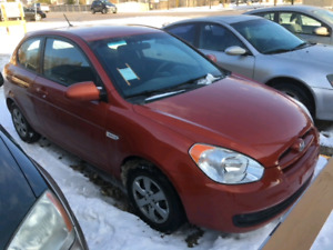 2009 Hyundai accent $4200 obo safetied