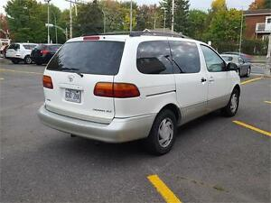 1999 Toyota Sienna LE CUIR TOIT MAGS West Island Greater Montréal image 7