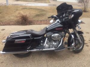 2008 Harley Electra Glide 11,500/ trade for Vmax