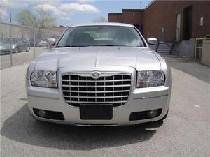 2007 CHRYSLER 300,LOW KM,MINT CONDITION TOURING EDITION