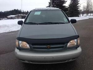 1998 Toyota Sienna XLE W/ PW, PL, PS, A/C, E-TEST PASS