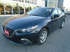2015 Mazda Mazda3 **A/C & UNLIMITED MILAGE WARRANTY** GX