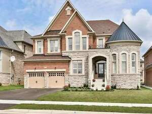 Grand 5 Bedrooms Detached House Facing Mississauga Road