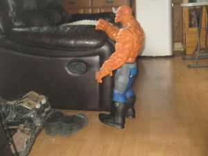 """Marvel (The Thing) 26"""" Caracter"""