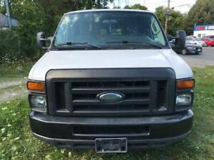 2012 Ford Econoline Cargo Van Commercial EXTENDED (CERTIFIED)
