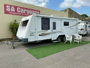 2011 JAYCO STERLING 23' CARAVAN with AIR COND. and ANNEX WALLS
