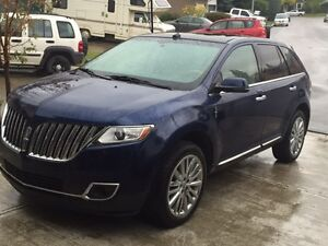 2012 Lincoln MKX SUV, great condition, loaded, tech pkg