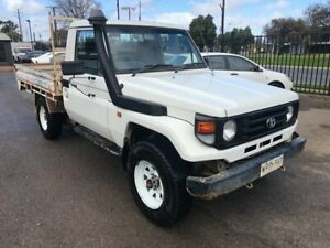 2001 Toyota Landcruiser HZJ79R (4x4) White 5 Speed Manual 4x4 Cab Chassis Woodville Park Charles Sturt Area Preview