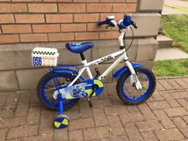 Kids police bike with removable stabilisers *** NOW REDUCED PRICE ***