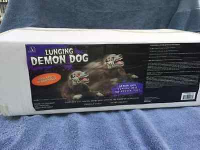 Halloween Animated LUNGING ZOMBIE DEMON MAD DOG Prop Haunted House - Zombie Dog Halloween Prop
