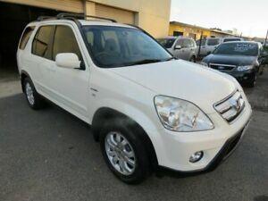 2006 Honda CR-V 2005 Upgrade (4x4) Sport White 5 Speed Automatic Wagon