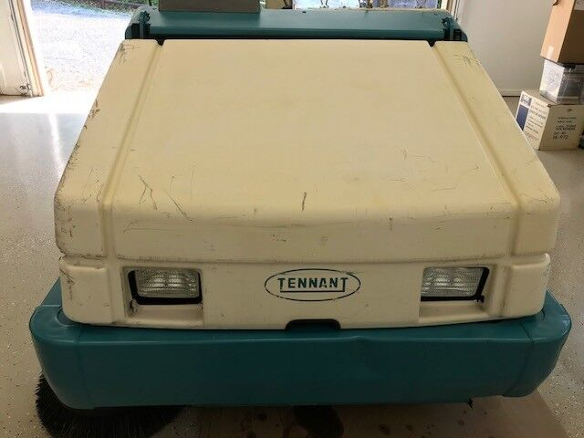 Tennet Ride-on Sweeper