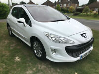 Peugeot 308 1.6HDi SE 6 speed manual - Glass roof - White - New MOT