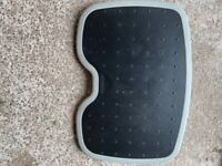 Computer foot rest for home or office