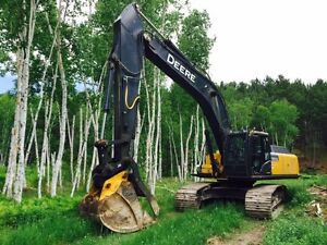 2013 John Deere 350 G Excavator with THUMB