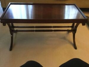 Classic Mahogany Duncan Phyfe Coffee or Side Table