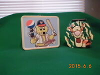 Tigger and Goldeye metal lunch boxes