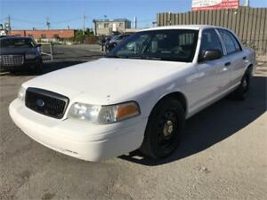 2011 CROWN VICTORIA POLICE PACK GAR 1 AN FINANCEMENT $500 DEPOT