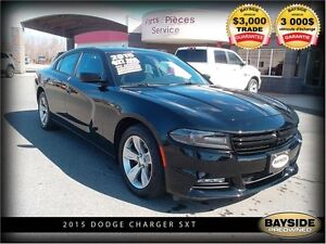 2015 Dodge Charger SXT WITH NAVIGATION AND SUNROOF!