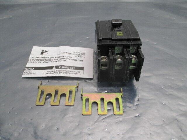 Square D Type QOU Series 3 Circuit Breaker, 3-Pole, 240VAC, 100052
