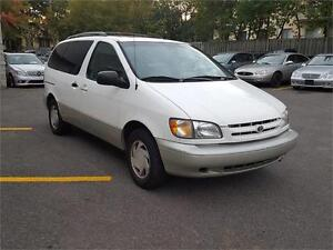 1999 Toyota Sienna LE CUIR TOIT MAGS West Island Greater Montréal image 6