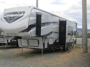 Keystone CARBON F327 5TH WHEEL/TOY HAULER