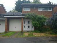 3 Bed House with Garage in Stantonbury, Milton Keynes - £900pm