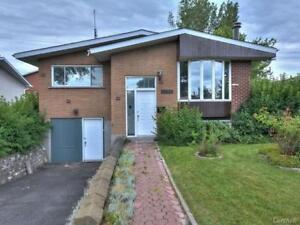 Beautiful Bungalow for rent in Brossard!