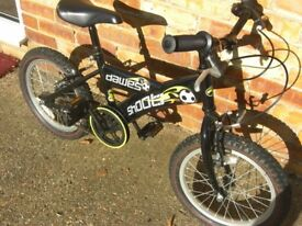 Boys Dawes Shoot Bike with stabilisers. 16 inch wheels. Excellent condition