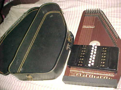 MUSIMA AUTOHARP -  15 CHORD HARP  -  MADE IN GERMANY  -  ESTATE FINE CONDITION