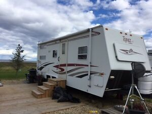 2003 TOPAZ LE, 27 FT with Bunk Beds