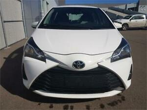 2018 Toyota Yaris LE,BackUp cam,Heated Seats MINT $126 B/W